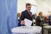 Председатель Воронежской облдумы Владимир Нетесов сохранил партийный пост