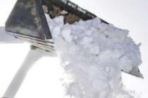 В Воронеже власти намерены закупить дополнительную технику для очистки тротуаров от снега