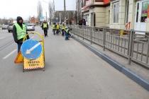 В Воронеже перестанут красить бордюры и деревья
