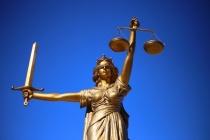 В Воронеже суд отправил в тюрьму экс-полицейского, попавшегося на взятке за легализацию гражданина Украины