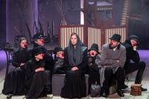 На воронежском Платоновфесте театр Маяковского показал домашний ад Льва Толстого