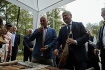 В Воронеже станет ежегодным фестиваль, на котором губернатор сыграл на гудке с Захаром Прилепиным