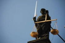 Врио ректора воронежского вуза останется под домашним арестом до 10 мая