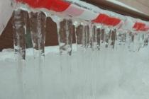 Читатели «Времени Воронежа» больше всего недовольны зимней уборкой тротуаров и крыш