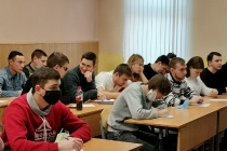 Филиал воронежского опорного вуза зачислял в университет несуществующих студентов