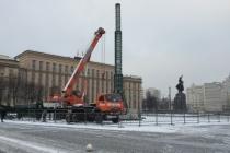 В Воронеже вопреки жалобе и конкуренту елку на площади Ленина установит «Горспецремонт»