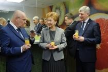 Галина Карелова продолжит работать в Совфеде представителем от воронежского облправительства