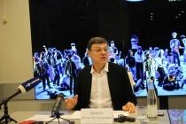 Воронежскому худруку выписали штраф за фотографию в суде