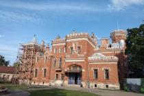 На реставрацию дворца Ольденбургских под Воронежем направили еще 35 млн рублей