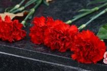 Воронежский облсуд отменил штраф коммунисту за возложение цветов Ленину