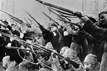 Революции столетней давности по-прежнему разводят воронежцев по лагерям