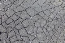 В воронежских селах отремонтируют 100 км дорог за 244,3 млн рублей