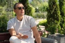 Евгений Денисов о школе ведущих, мероприятиях во время пандемии и конфликте с воронежскими коллегами