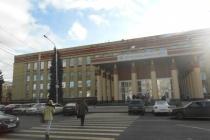 Воронежскому госуниверситету пообещали по миллиону за каждый прожитый год