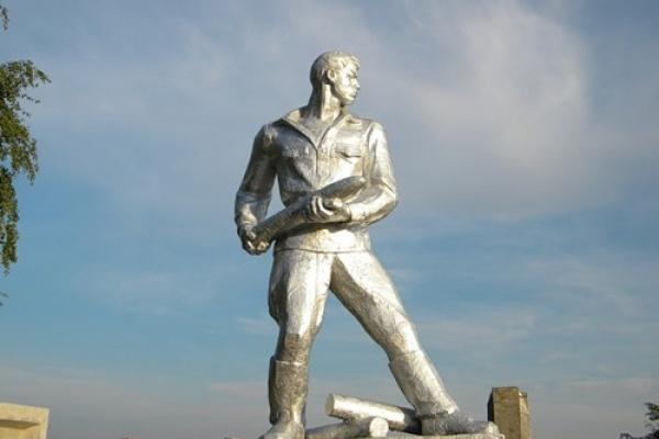 В Воронежской области появятся знаки для «героев без могил» и «подвигов без памятника»
