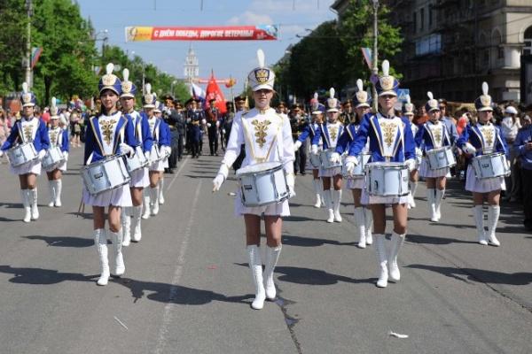 Воронеж отметил День Победы салютом за миллион рублей