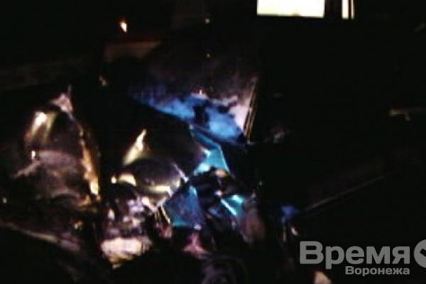 Под Воронежем на встречке протаранили авто с полицейскими