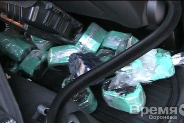 В Воронежской области в авто нашли 100 кг героина