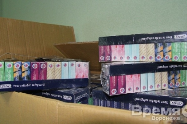 В Воронеже изъяли крупную партию поддельных презервативов