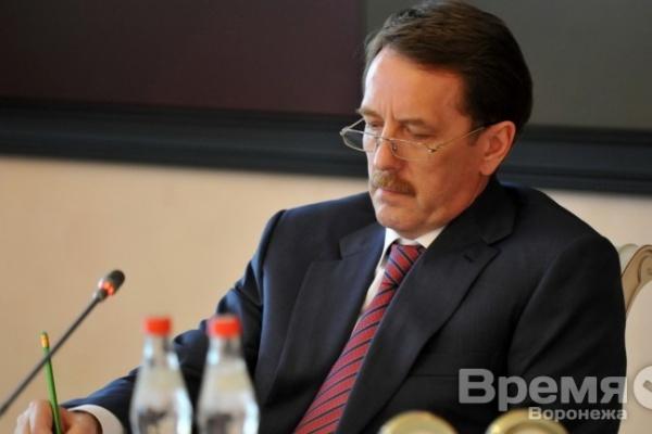 Алексей Гордеев призвал спасать детей из неблагополучных семей