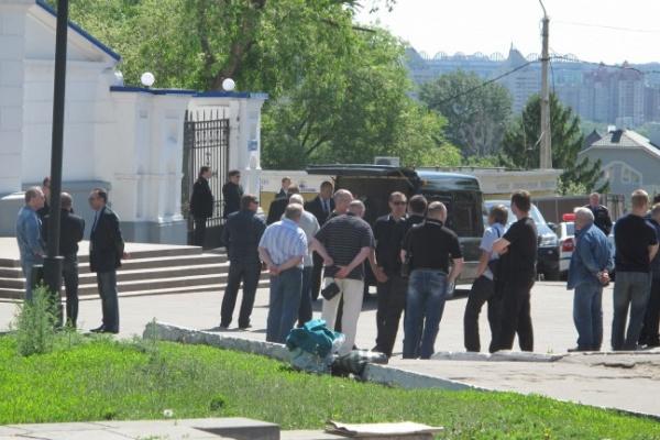 В главном храме Воронежа проводили в последний путь местного авторитета
