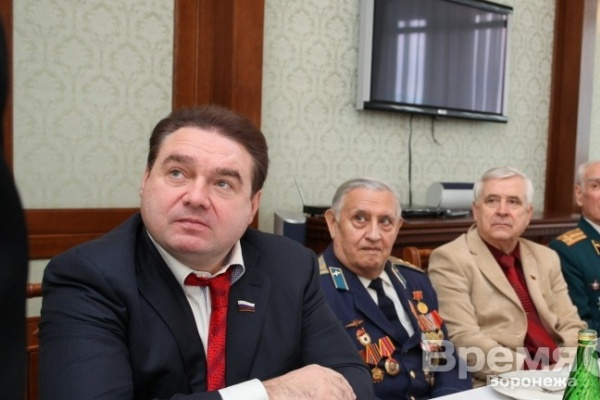 Как Сергей Журавлев одолеет Алексея Гордеева?