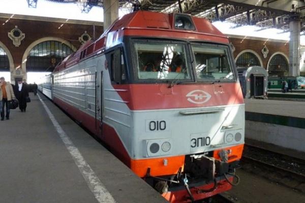 Сидячий поезд в Москву ускорился