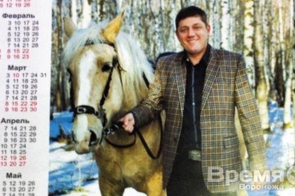 Покажет ли Олег Пахолков  «умеренный  трэш» на выборах губернатора  Воронежской области?