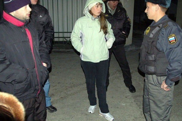 Воронежским полицейским разрешено наказывать за нарушение комендатского часа