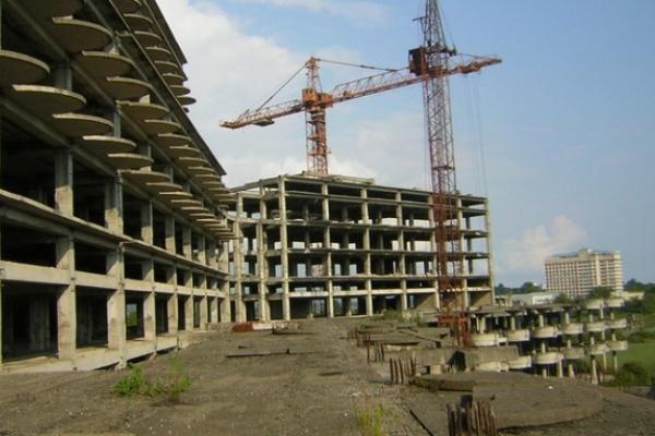 За год строительство в Воронежской области сократилось на 10%
