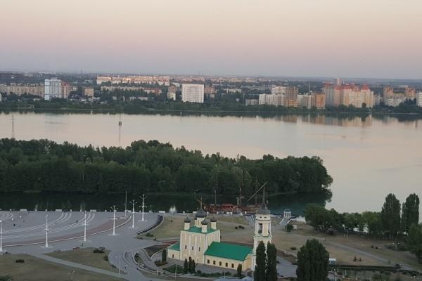 Читатели «Времени Воронежа» высказались за озеленение Петровской набережной