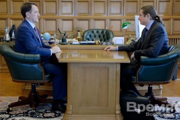 Влиятельные бизнесмены в преддверии выборов встречаются с Алексеем Гордеевым