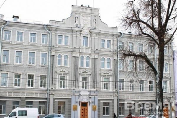 И.о главы Ленинского района Геннадий Швырков в скором времени может избавиться от приставки