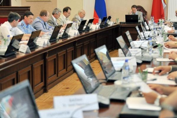 Воронежские чиновники зарабатывают больше своих коллег по Черноземью