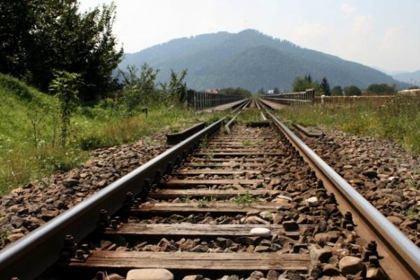 Юго-Восточная железная дорога притягивает пьяных и самоубийц