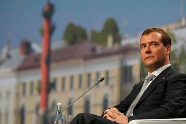 Президент России перевез маму из Воронежа