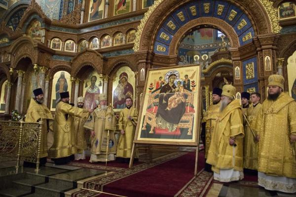 Икона «Всецарица» передана Афонским монастырём вВоронеж