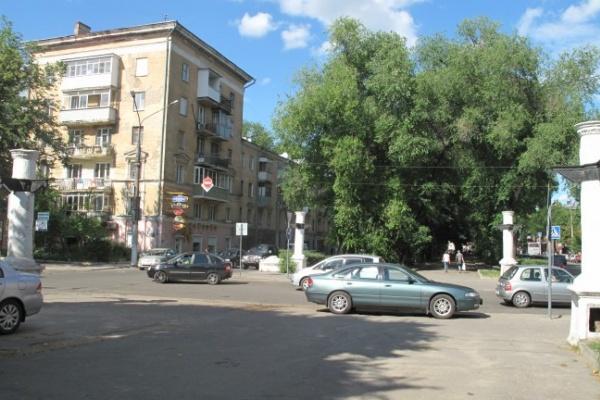 В Воронеже начались работы по расширению проезжей части Кольцовской