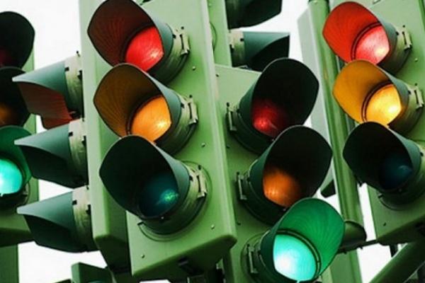 В трех районах Воронежа не работают светофоры