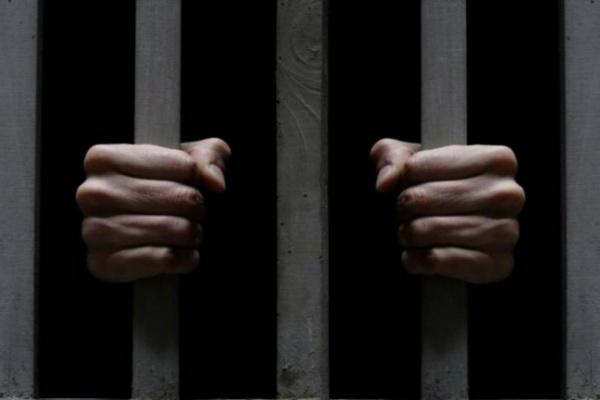 В Воронежской области двое преступников жестоко избили и ограбили двух инвалидов