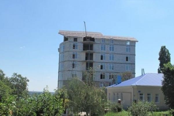 Воронежский губернатор предложил объявить амнистию незаконно построенным домам