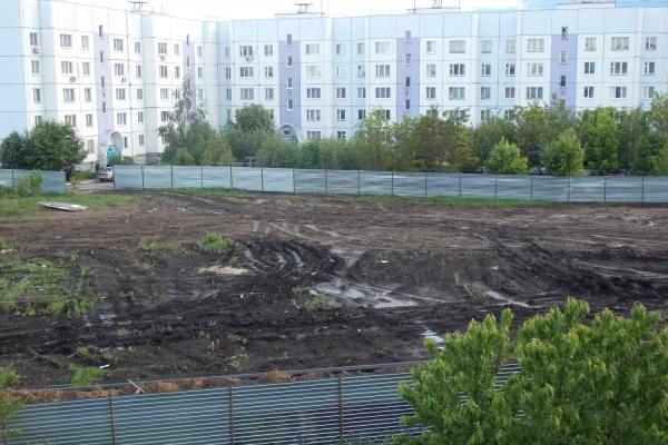Воронежская область: опять вместо сквера - строительный котлован!