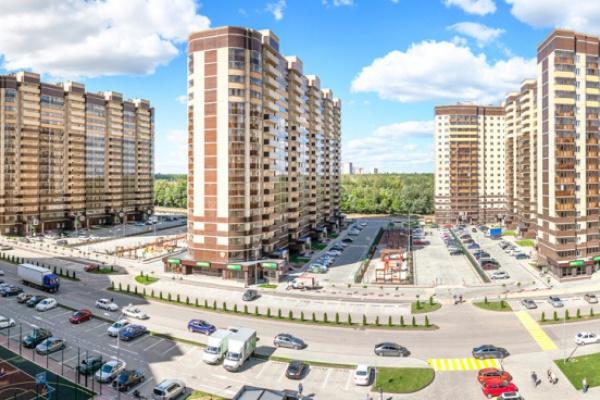 Игорь Левитин похвалил спортивные площадки во дворах воронежских новостроек
