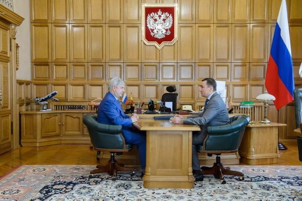 Евгений Хамин представил воронежскому губернатору инфраструктурные проекты по развитию Воронежа