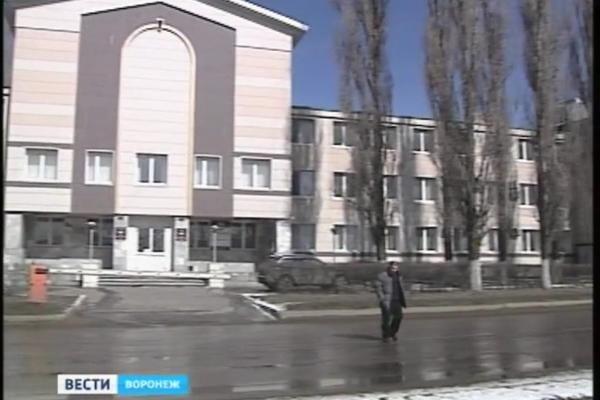 Жителей воронежского общежития выгоняют на улицу