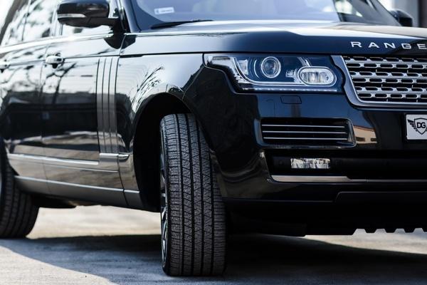 Воронежские полицейские раскрыли первый поджог автомобиля ректора опорного вуза