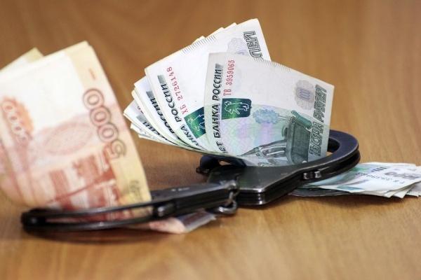 В Воронеже очередного сотрудника опорного вуза подозревают во взятке