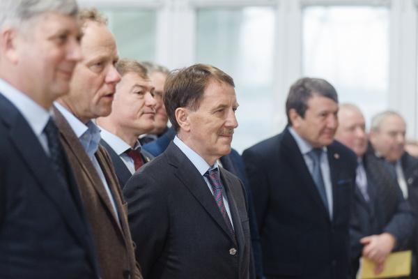 Бывший воронежский губернатор Алексей Гордеев стал председателем совета директоров «Росгеологии»