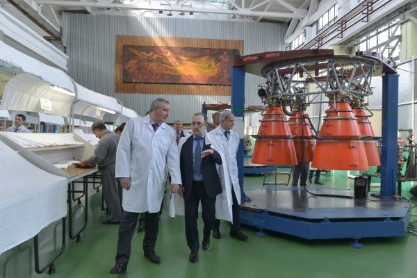 Дмитрий Рогозин проконтролирует воронежские предприятия с поста главы «Роскосмоса»