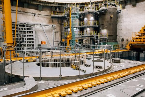На Нововоронежской АЭС-2 закончили сборку реактора второго энергоблока